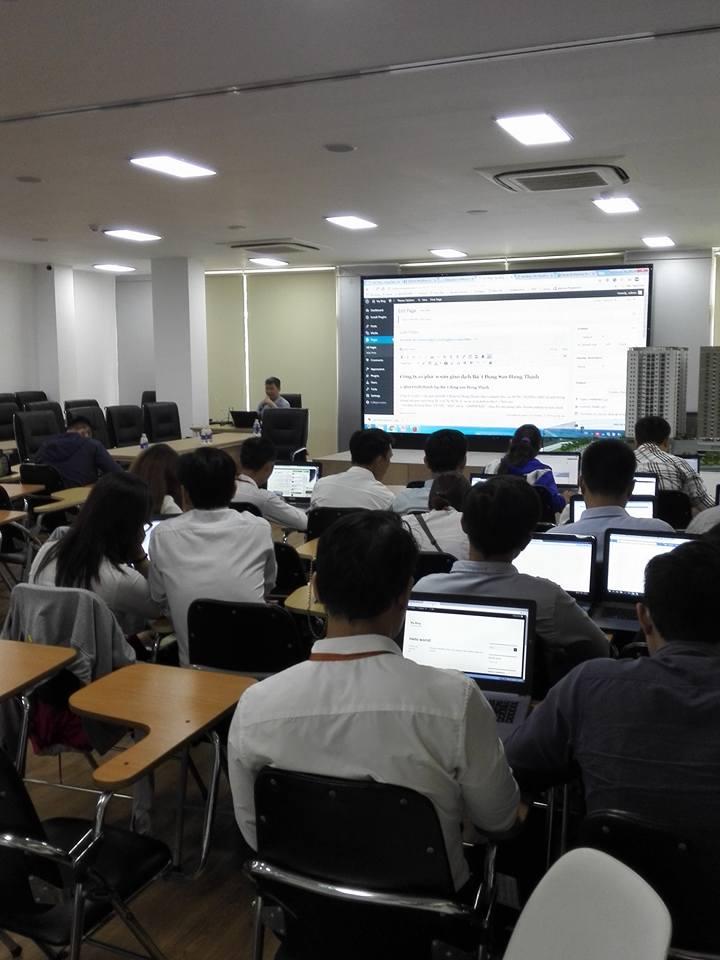 Học viên Hưng Thịnh Land tham gia học làm Website WordPress